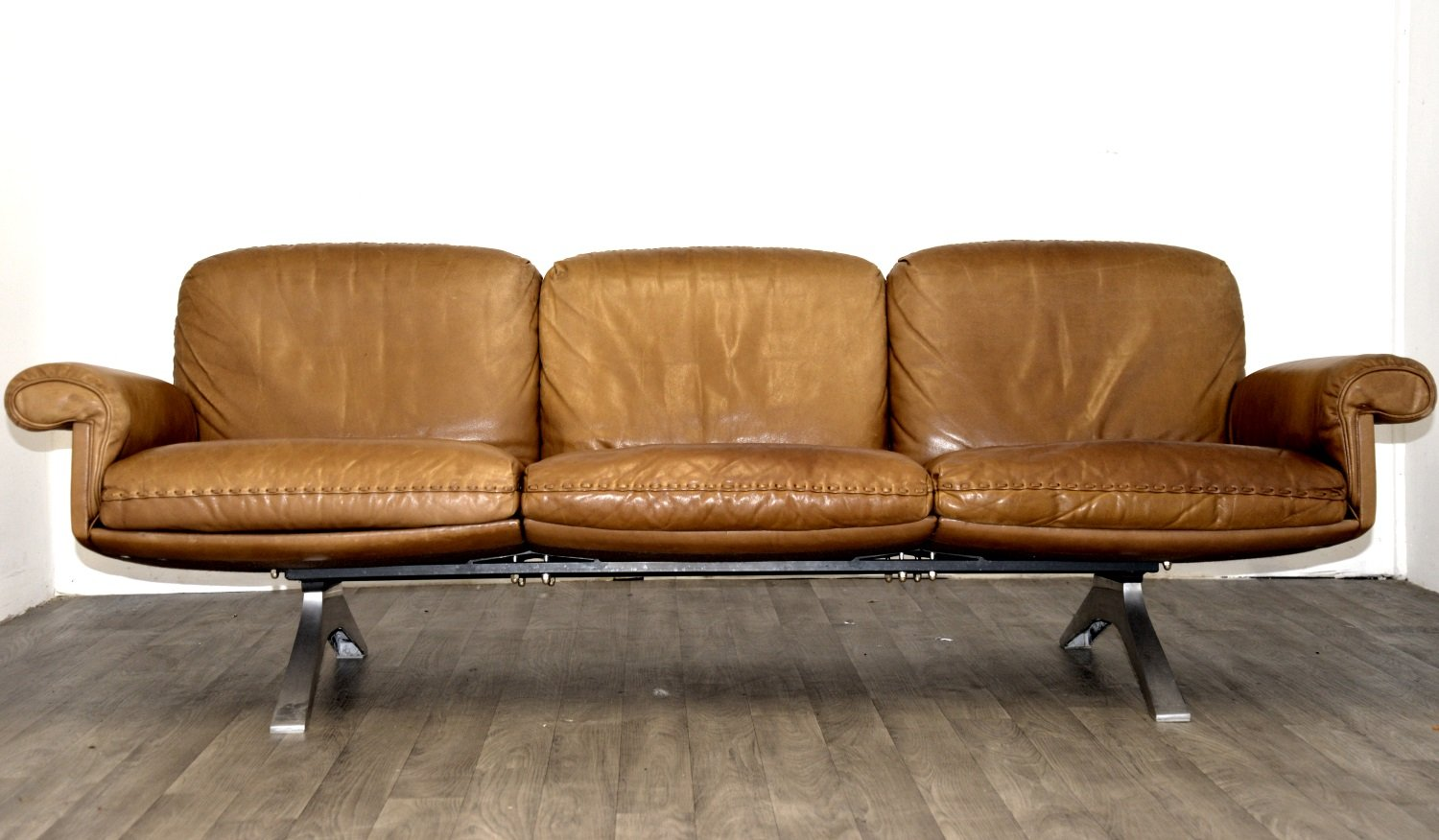 Swiss ds 31 three seater sofa armchair from de sede for Sofa armchair