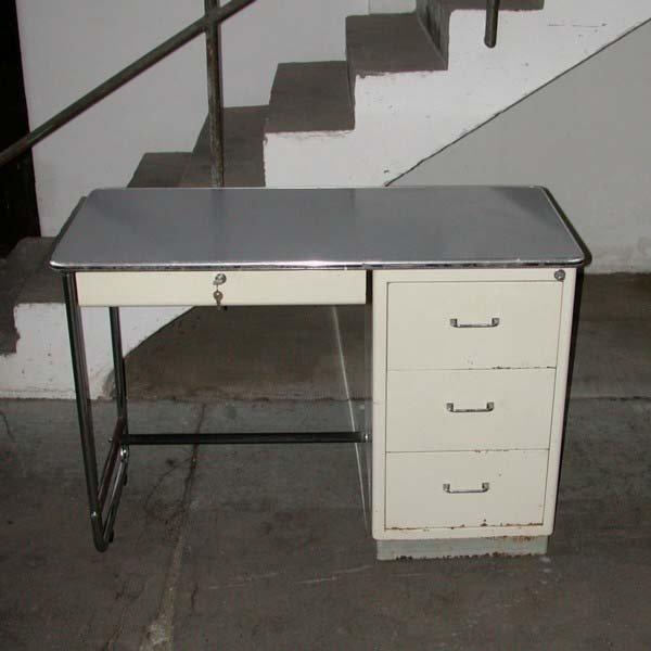 Schreibtisch Industrial industrial s desk from mauser baisch 1950s for sale at pamono