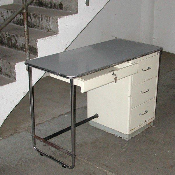 industrie arzt schreibtisch von mauser baisch 1950er bei pamono kaufen. Black Bedroom Furniture Sets. Home Design Ideas